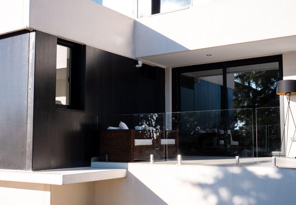 terraza en casa de hormigón