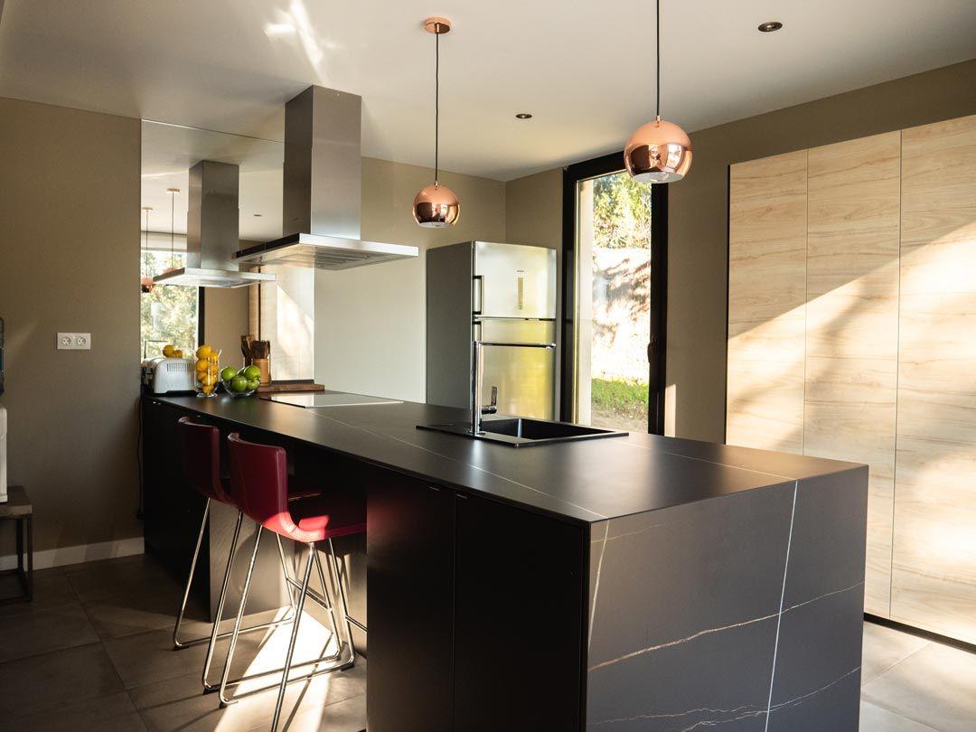 cocina de diseño vivienda de hormigon