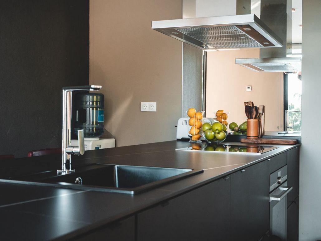 cocina de lujo casa de hormigon