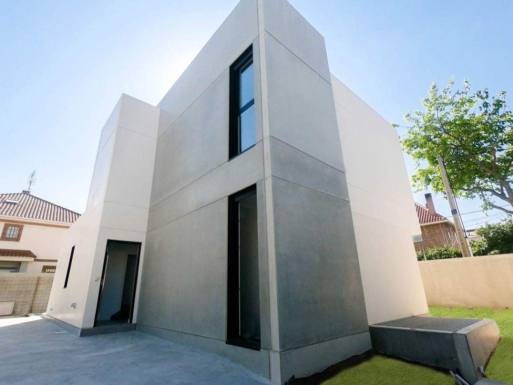 Vivienda prefabricada de hormigon de diseño en madrid centro2